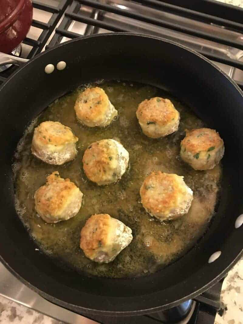 mozzarella stuffed chicken meatballs