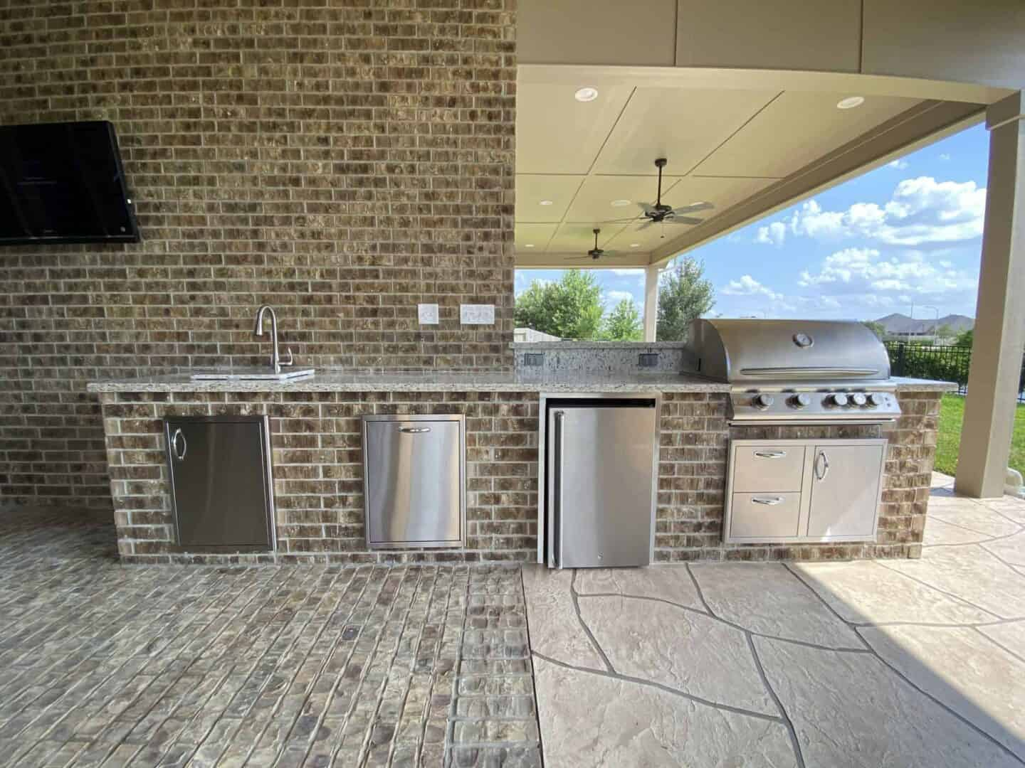 Back-Patio-Extension-Matts-Custom-Decks-outdoor-kitchen-2