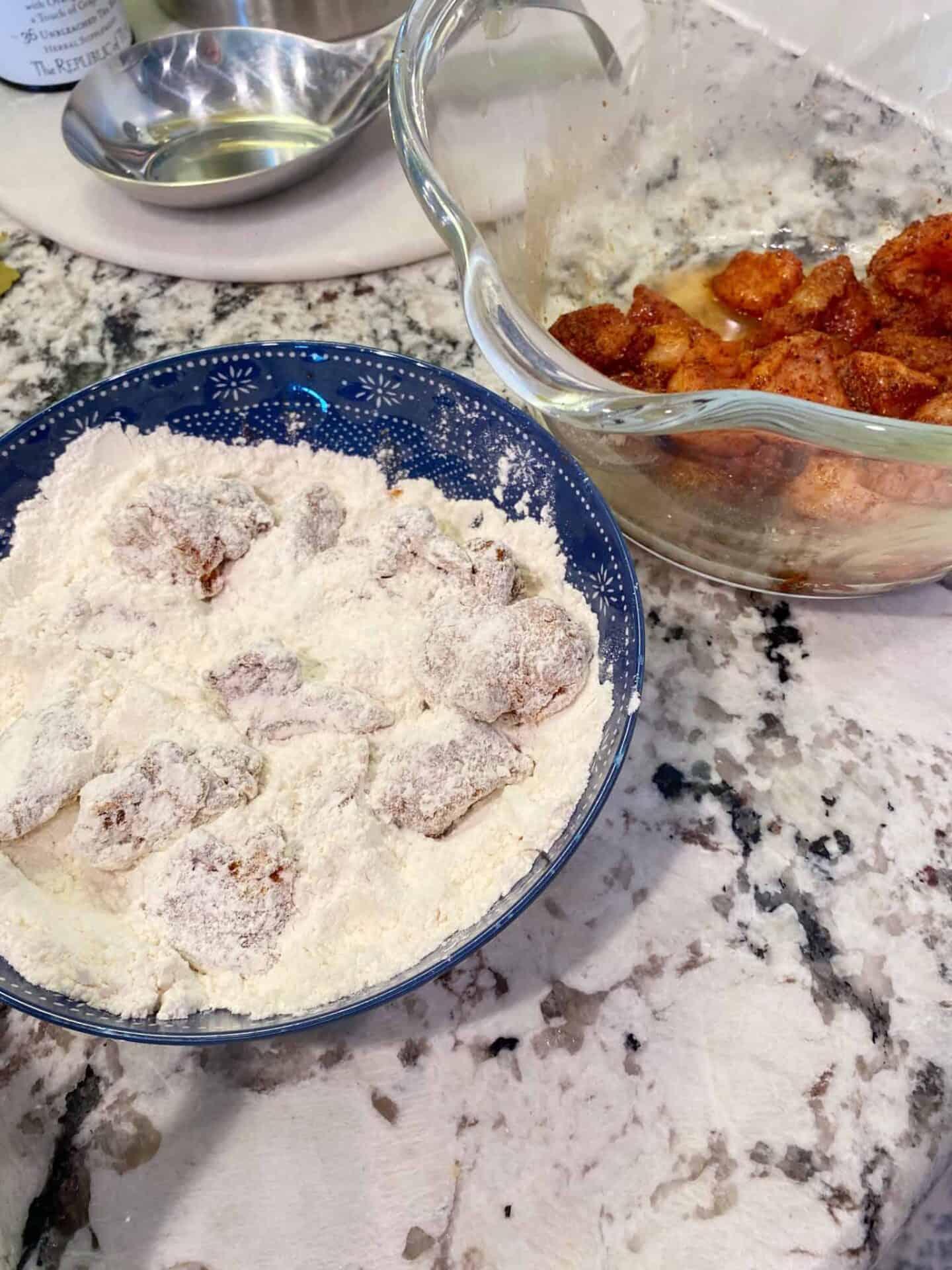 Chicken-Piquante-flour-dredge